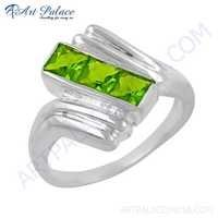 New Fashionable Green Cubic Zirconia Gemstone Silver Ring