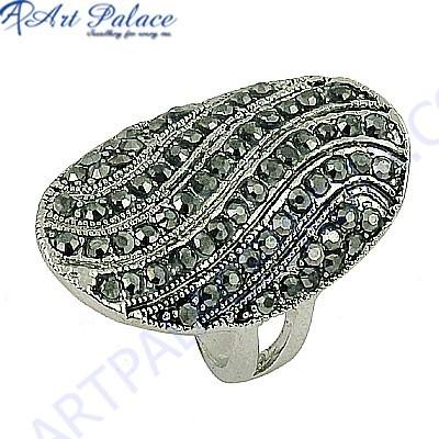 Precious Antique Style Gun Metal Gemstone Marcasite Silver Ring