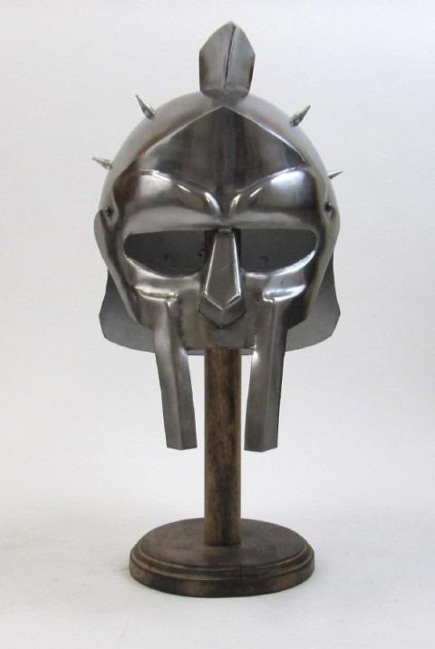 Maximus Decimus Meridius w/ Grey Spikes