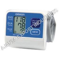 Automatic Blood Pressure Monitor Application: Laboratory