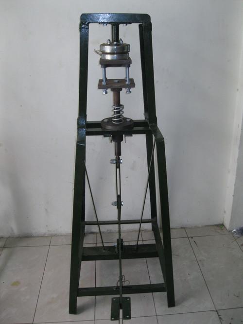 Foot Press Dron Making Machine