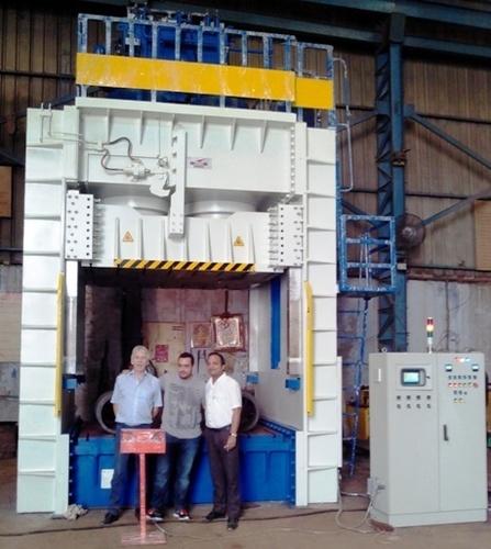 SMC / DMC / FRP  Moulding Presses