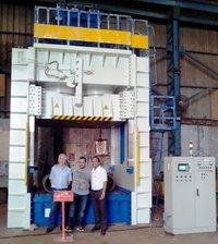 Santec India SMC Moulding Presses