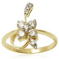 Flower Pattern Diamond Ring