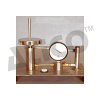 DEAD WEIGHT TYPE OIL WATER CONSTANT PRESSURE SYSTEM