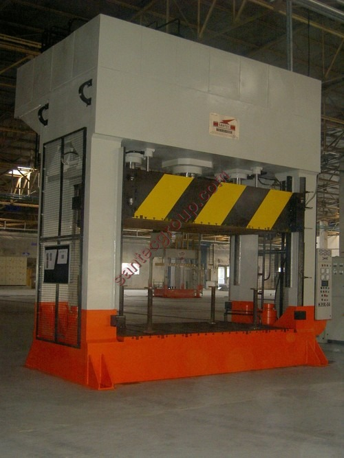 Hood Liner or Roof Lining Press (Hydraulic Formin)