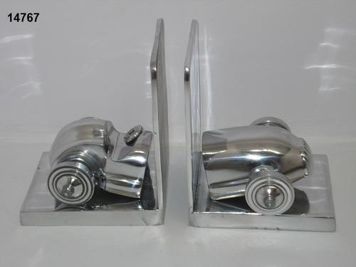 Aluminium Bookend Car