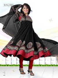 Indian salwar kameez