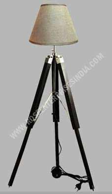 Lamp Stand With Tripod