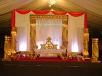 DESI WEDDING GOLDEN STAGE SET