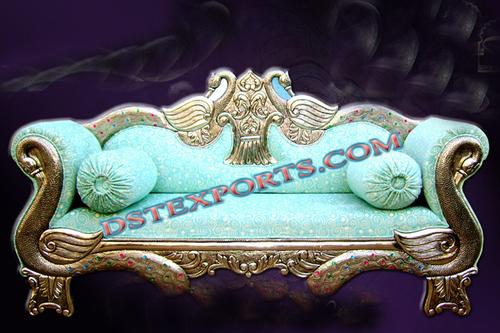 ROYAL WEDDING PEACOCK LOVE SEAT