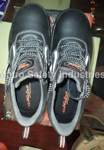 Safety Shoes METRO with Steel Toe :  Model No. SS-1602