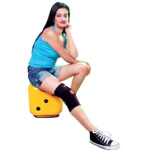 Knee Cap - Neoprene (with Patella Stablizer)