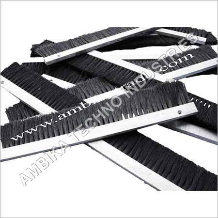 PP Wire Stripe Brush