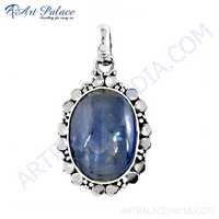 Attractive Kyanite Gemstone Silver Pendant