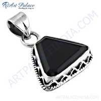 Mid Night Black Onyx Gemstone Silver Pendant