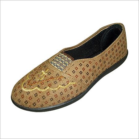 Ladies plimsolls Canvas Shoes