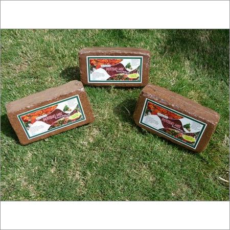 Cocopeat Bricks