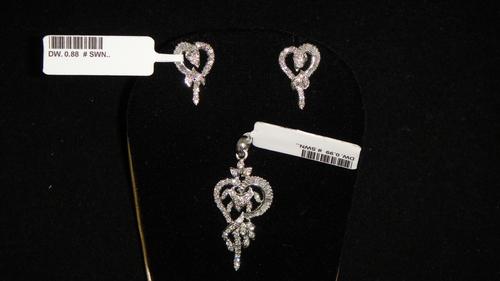 Diamond Pendant Sets