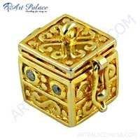 Unique Box Style Cz Gold Plated Silver Pendant