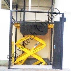 Loading & Unloading Lift
