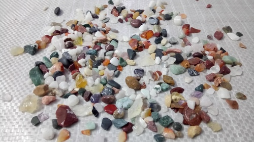 Mix crushed agate polished chips for aquarium