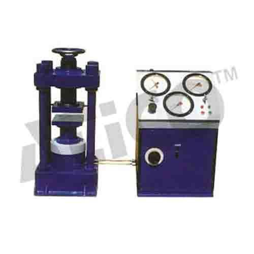 Compression Testing Machine 2000 Kn Electrically Operated