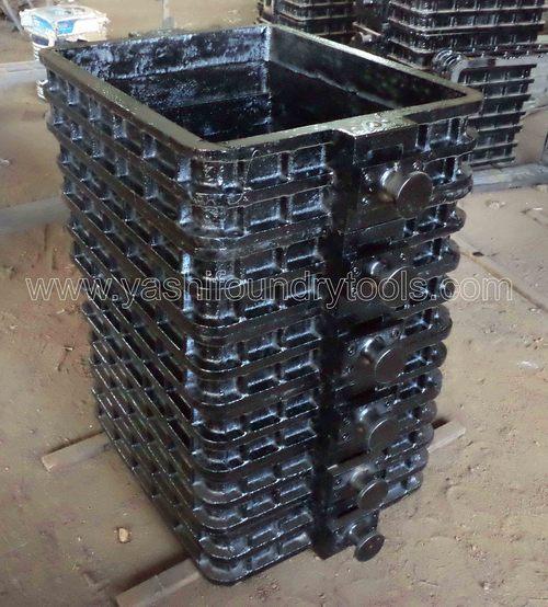 CI Moulding Boxes