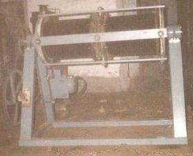 Pot Mill Machine