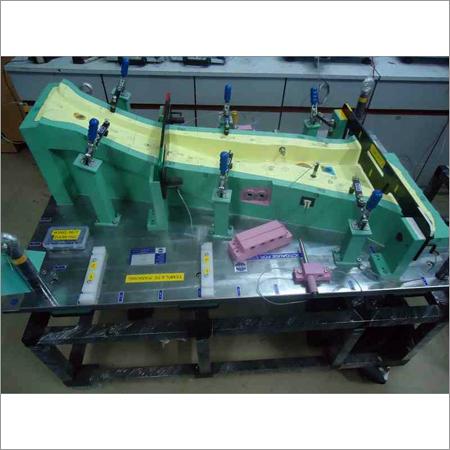 Automotive B Pillar Fixture