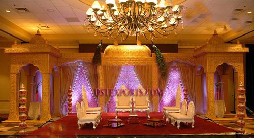 WEDDING GOLDEN JODHA AKBER STAGE