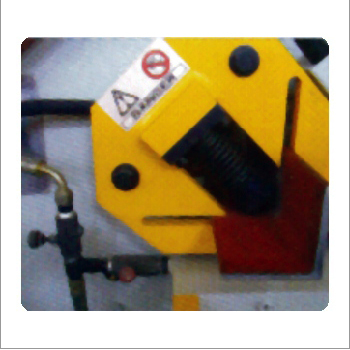 Angle Cutting Section