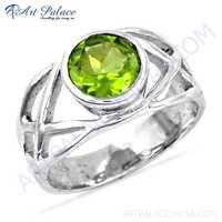 Famous Design Fret Work Peridot Gemstone Silver Ring