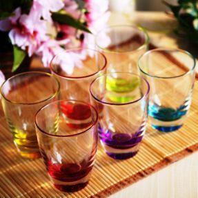 着色されたクリスタルガラス類