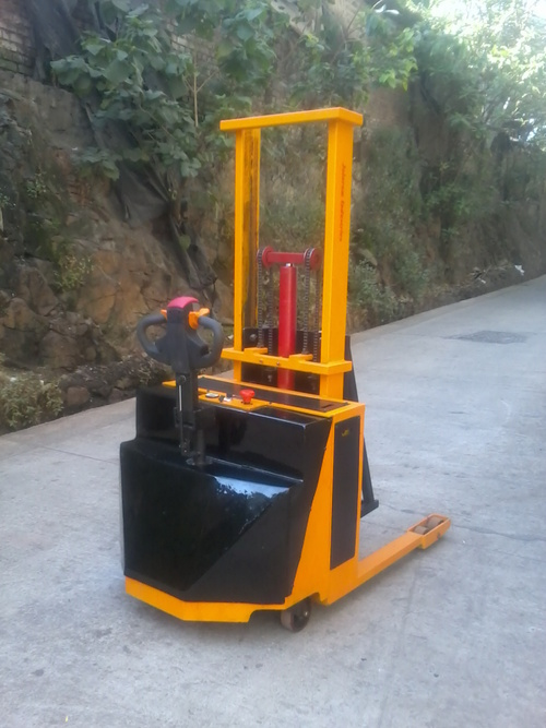 Battery Operated Drum Lifter Cum Tilter