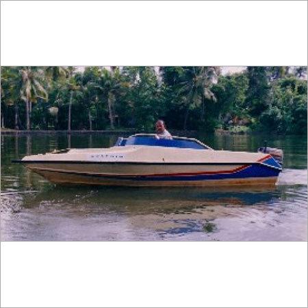 18 Foot Speed Boat