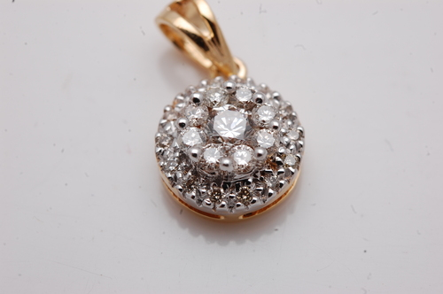 custom made jewelry design in gold and diamond, cluster set diamond pendant from valentine jewelry