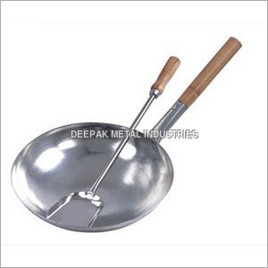 Chowmein Kadhai with Wooden Handle
