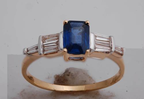 customisable sapphire gold ring, daily wear gold jewelry ring