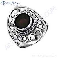 Hot !! Dazzling Garnet Gemstone Silver Fret Work Ring
