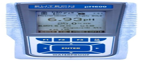 WATERPROOF HANDHELDS PH METER MODEL - CYBERSCAN PH 600