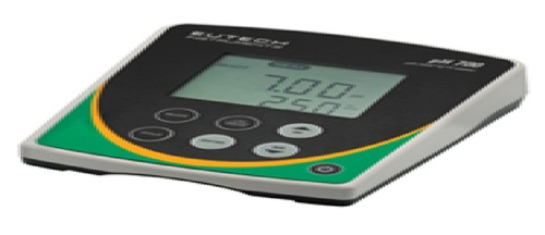 TABLE TOP BENCH TYPE PH METER MODEL - EUTECH PH 700