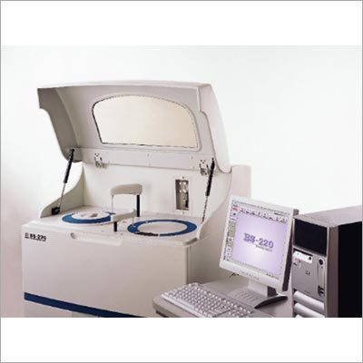 Fully Automated Biochemistry Analyzer
