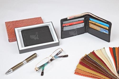 Mans Wallets (152 L)