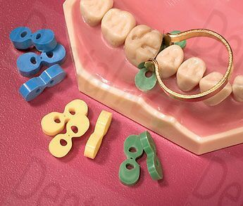 DENTAL ELASTIC WEDGES