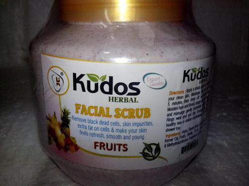 FACIAL SCRUB-FRUITS