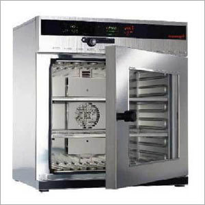 Thermostatically Universal Oven