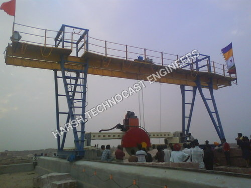 Gantry Cranes with Edge Cutting