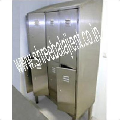S S Storage Lockers