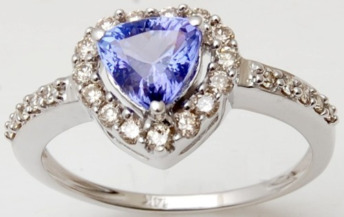 Best design gold ring in tanzanite and diamond for daily wear